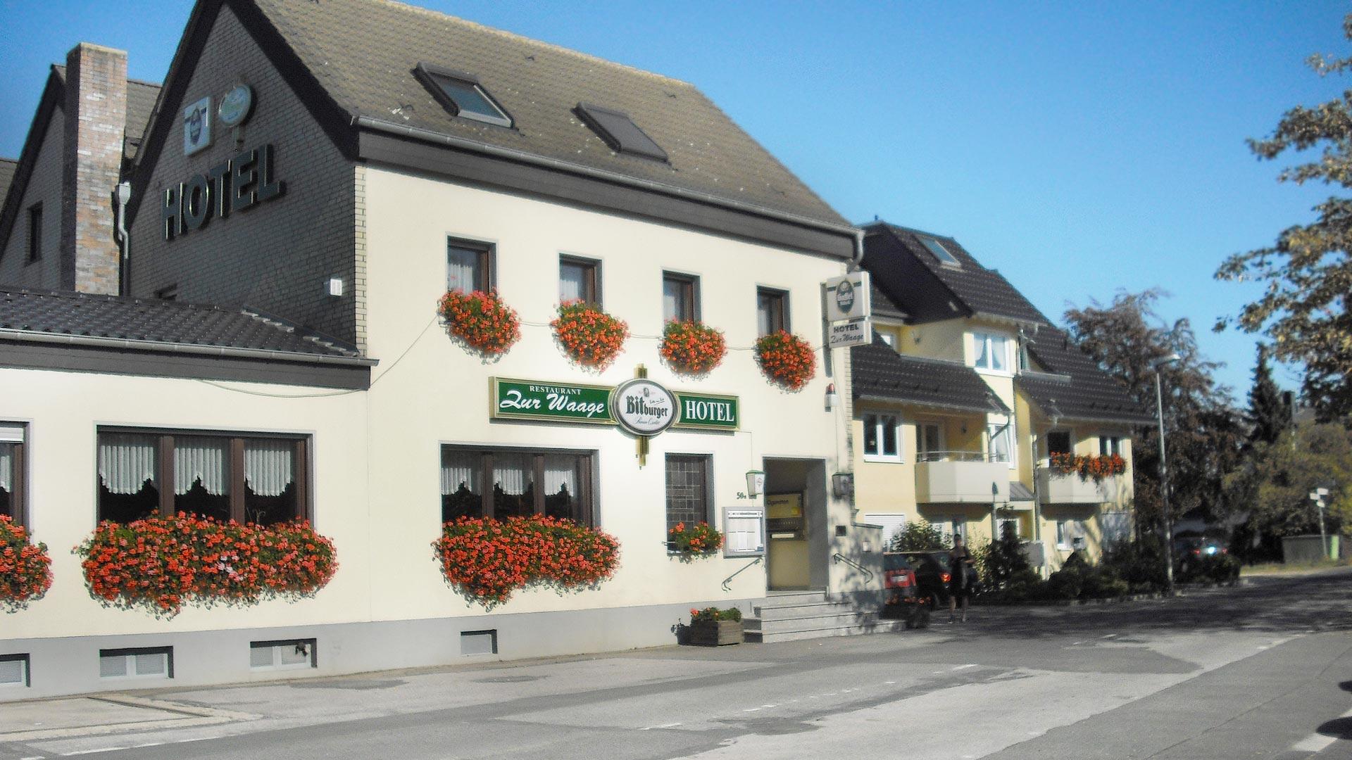 Hotel-zur-Waage-Intro-01